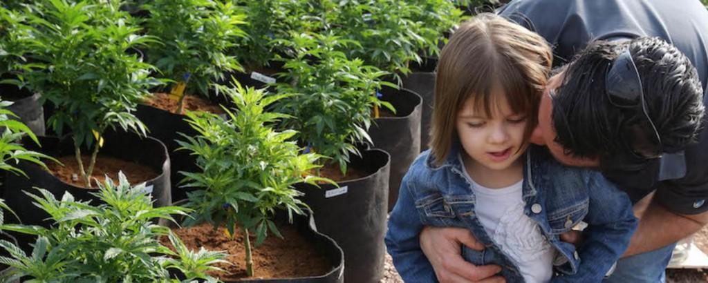 the-heartbreaking-plight-of-colorados-marijuana-refugees-423-1429831068-crop_desktop